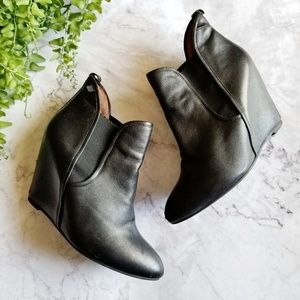 Jeffrey Campbell | Harrison Black Leather Booties